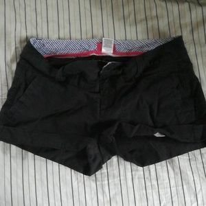 Elle shorts